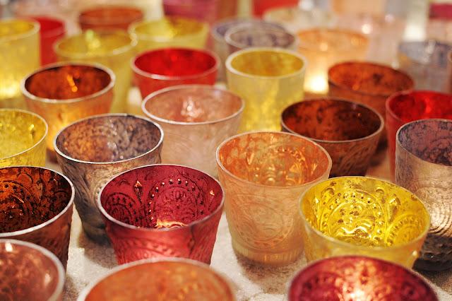 As velas além de serem um belo enfeite traz o colorido da festa de Natal./ Foto: divulgação