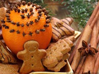Gingerbreads feito de biscoito lembram a casa da vovó/ Foto: design Innova